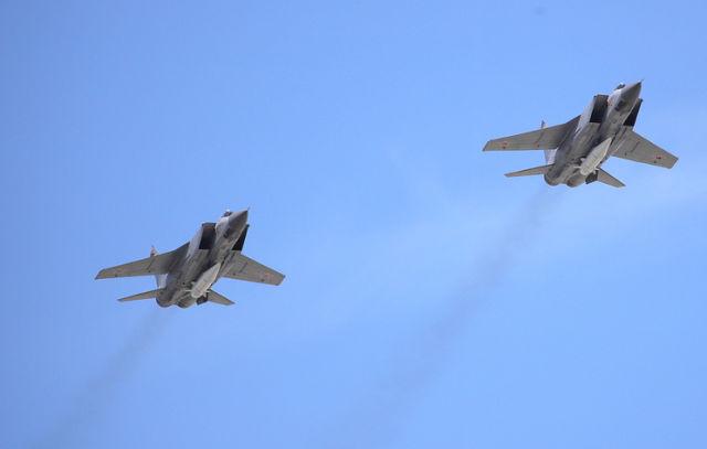 """МиГ-31К с """"Кинжалами"""""""
