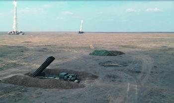 Минобороны продемонстрировало, как наносится удар современными реактивными системами. Кадр из видео с сайта Министерства обороны РФ