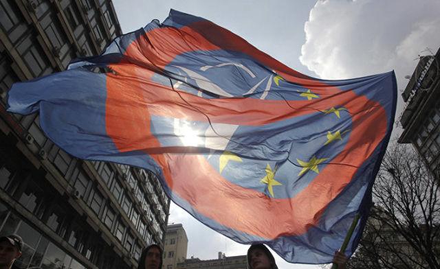 Митинг против НАТО в Белграде, Сербия