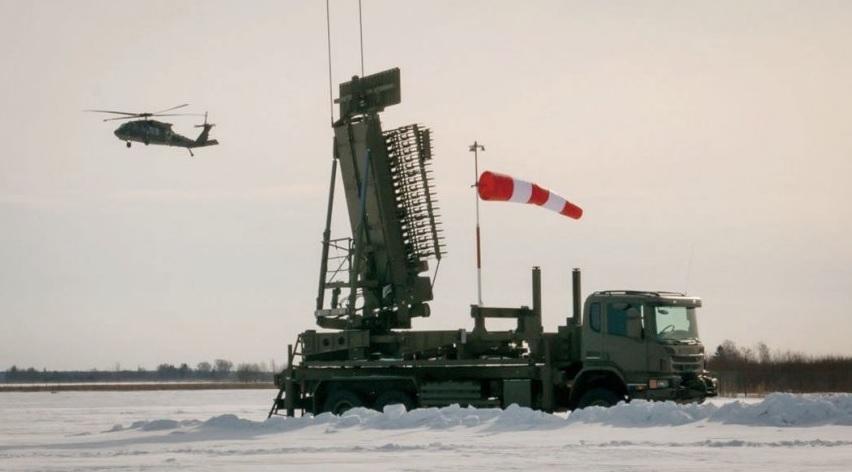Первая полученная Латвией американская многофункциональная РЛС Lockheed Martin TPS-77 MRR во время приемочных испытаний в районе Вентспилса, 01.03.2018.