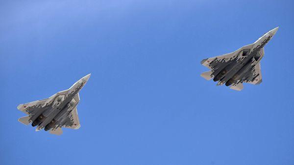 Многофункциональные истребители пятого поколения Су-57