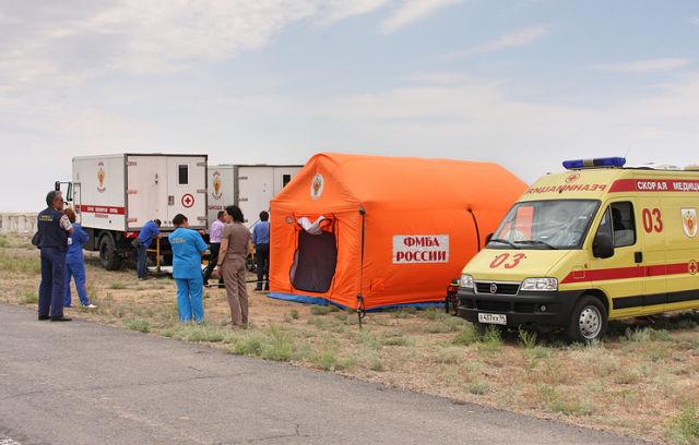 Мобильный госпиталь у Гагаринского старта на космодроме Байконур
