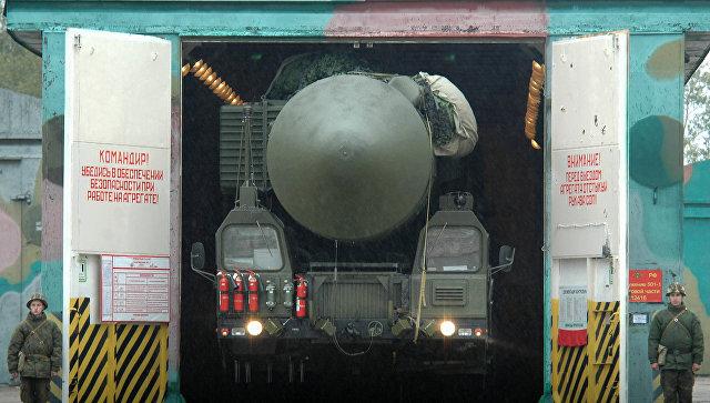 Мобильный ракетный комплекс РС-24 Ярс.
