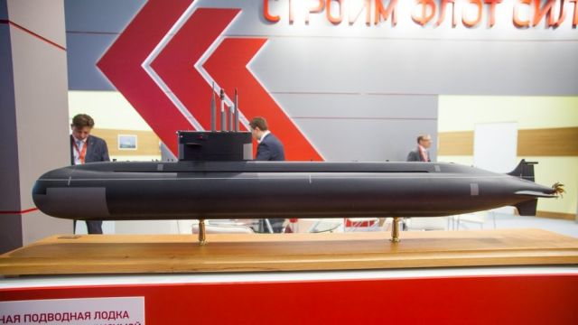 """Модель неатомной подлодки """"Амур"""" 1650 с воздухонезависимой энергоустановкой."""