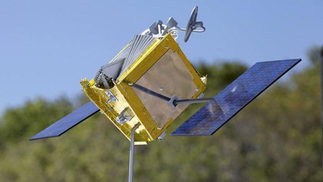 Модель спутника OneWeb