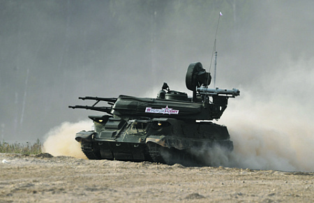 """Модернизация """"Шилки"""" несколько повышает ее боевые возможности, но для обороны от массированных авиаударов сегодня этого уже недостаточно. Фото РИА Новости"""