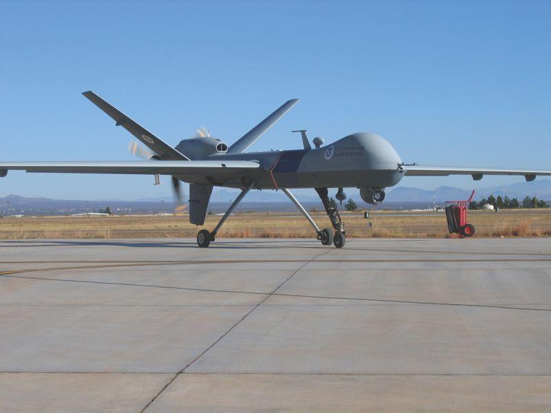 Беспилотный летательный аппарат General Atomics MQ-9 Predator B Guardian, который совместно эксплуатируется Береговой охраной и Таможенной и пограничной службой США.