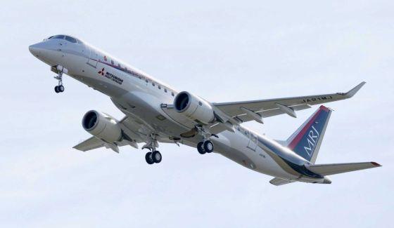 Самолет MRJ