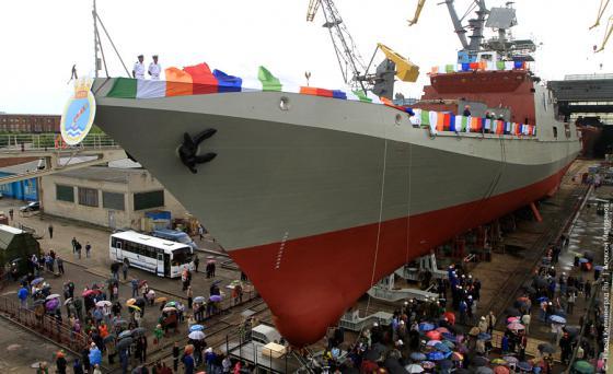 Фрегат, строящийся в Калининграде для Индии, пройдет испытания в море