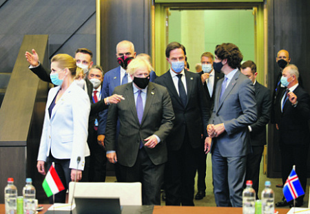 На Брюссельском саммите была сделана очередная попытка консолидировать НАТО вокруг угроз со стороны России и Китая. Фото Reuters