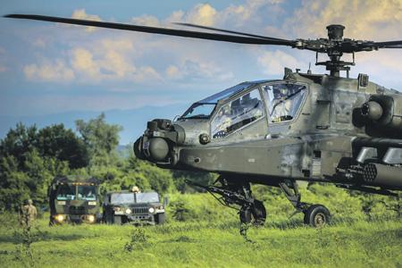 """На этой неделе в Румынии, как и в ряде других восточноевропейских стран, проводятся учения НАТО Noble Jump 2017, на которых отрабатываются сценарии отражения """"российской агрессии""""."""