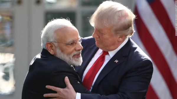 Премьер-министр Индии Нарендра Моди и Президент США Дональд Трамп.