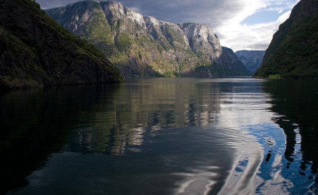 Нерёй-фьорд в Норвегии