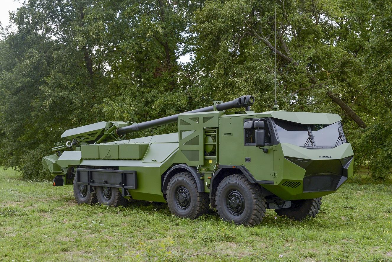 Прототип 155-мм/52 самоходной гаубицы Nexter CAESAR в варианте на колесном шасси Tatra T815 с формулой 8х8, выбранном для приобретения для датской армии