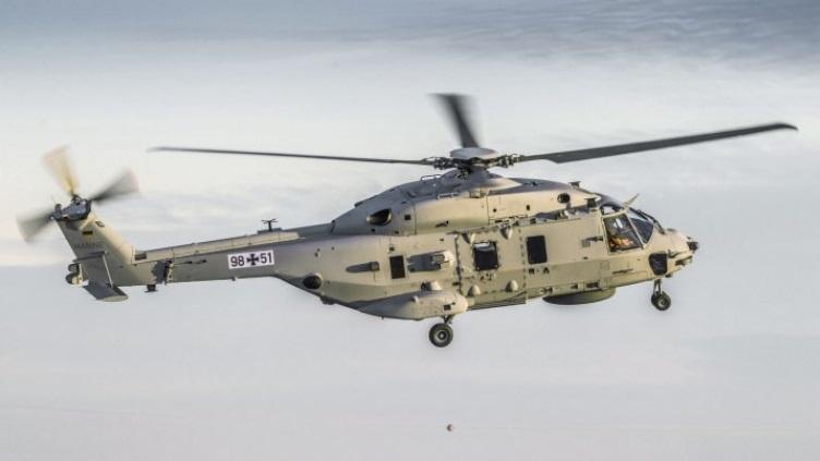 Первый полёт вертолёта NH90 Sea Lion.