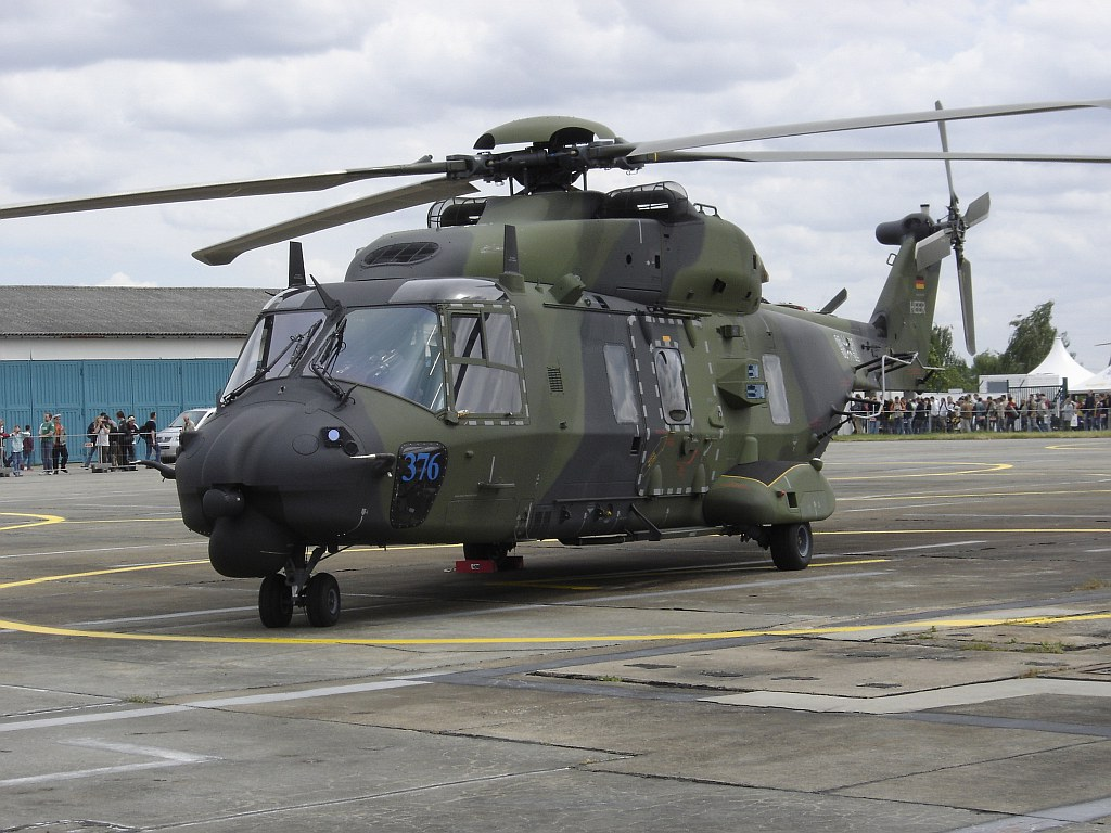 Вертолет NH90-TTH (Luftwaffe).