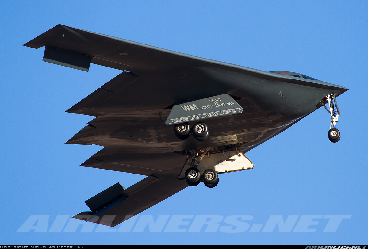 Northrop Grumman B-2A Spirit. Источник: www.airliners.net.