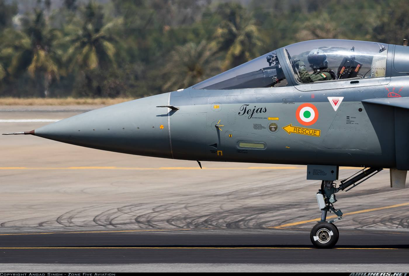 Носовая часть истребителя Tejas LCA (Light Combat Aircraft).