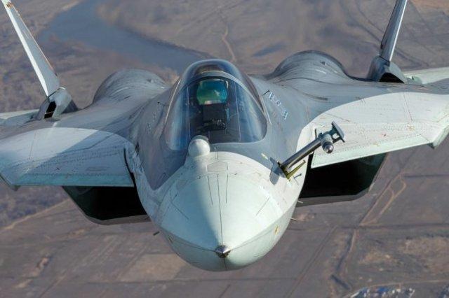 Новый боевой самолет Су-57Э уже привлек внимание многих зарубежных экспертов и потенциальных покупателей.