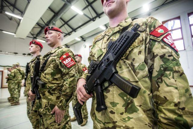 Образцы стрелкового оружия, собранные по лицензии чешской компании Ceska Zbrojovka (CZ)