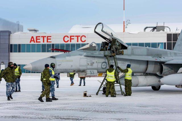 Один из двух первых полученных ВВС Канады истребителей Boeing F/A-18A Hornet из состава ВВС Австралии (австралийский бортовой номер А21-53). Колд-Лейк (Канада), 16.02.2019