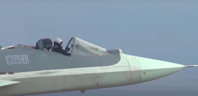 Одно из более ранних испытаний Су-57