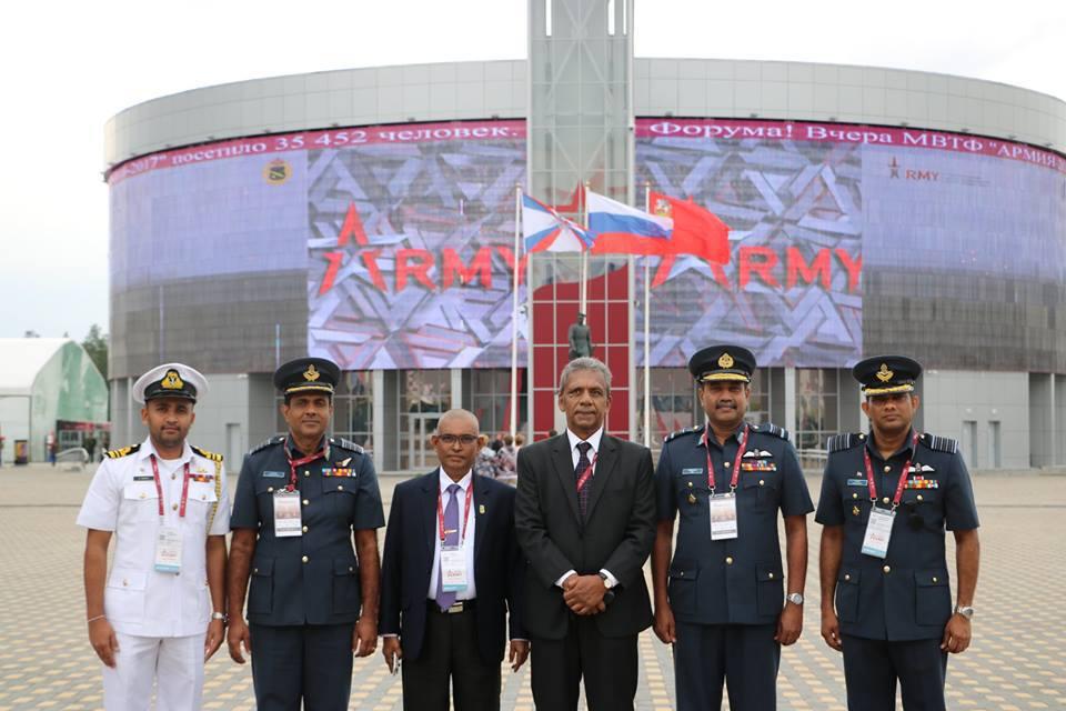 """Официальная делегация Шри-Ланки на 3-м Международном военно-техническом форуме """"Армия-2017"""" в Кубинке, август 2017 года."""