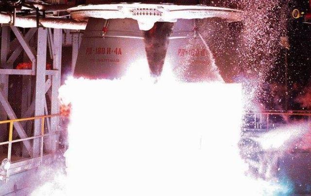 Огневое испытание двигателей РД-180