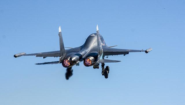 Практическое бомбометание экипажей Су-34. Военные учения Западного военного округа.