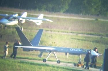 """Опытный образец беспилотного летательного аппарата """"Орион"""" во время испытаний на аэродроме Протасово (Рязанская область), май 2017 года."""