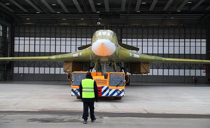 """Опытный образец самолета """"Ту-160М2""""."""