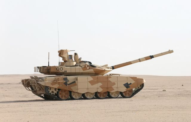 Опытный образец танка Т-90МС во время испытаний в Кувейте, 2014 год