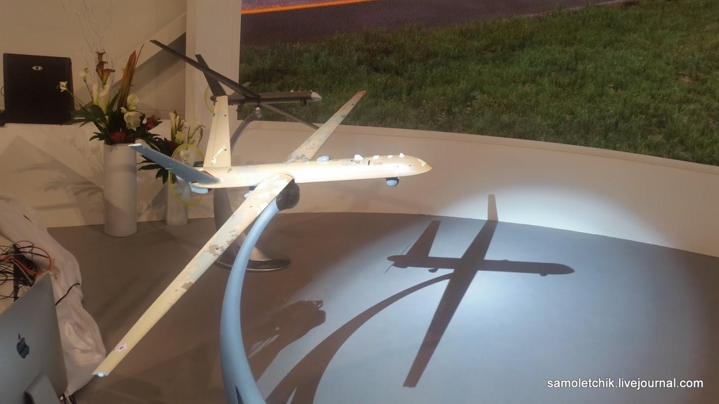 "Презентация БЛА ""Орион-Э"" компании «Кронштадт» на авиасалоне МАКС-2017, август 2017 года."