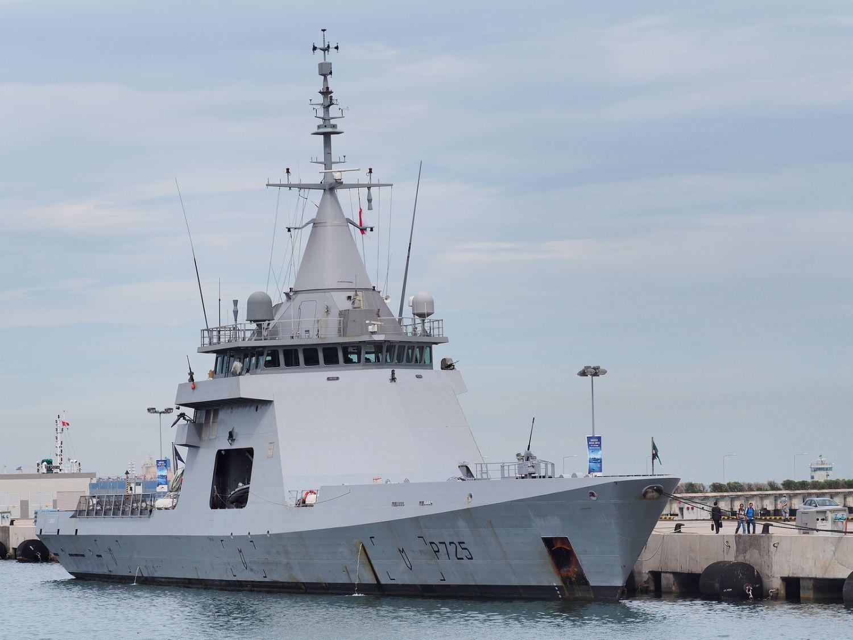 Построенный на средства объединения DCNS и переданный в аренду ВМС Франции прототип-демонстратор проекта Gowind - патрульный корабль P 725 L'Adroit (вариант Gowind Patrol). Июль 2013 года.