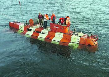 "<p> «Бестер» позволяет эвакуировать до 18 подводников за одно погружение. </p> <p> Фото с сайта <a href=""http://www.army.mil"">www.army.mil</a> </p>"