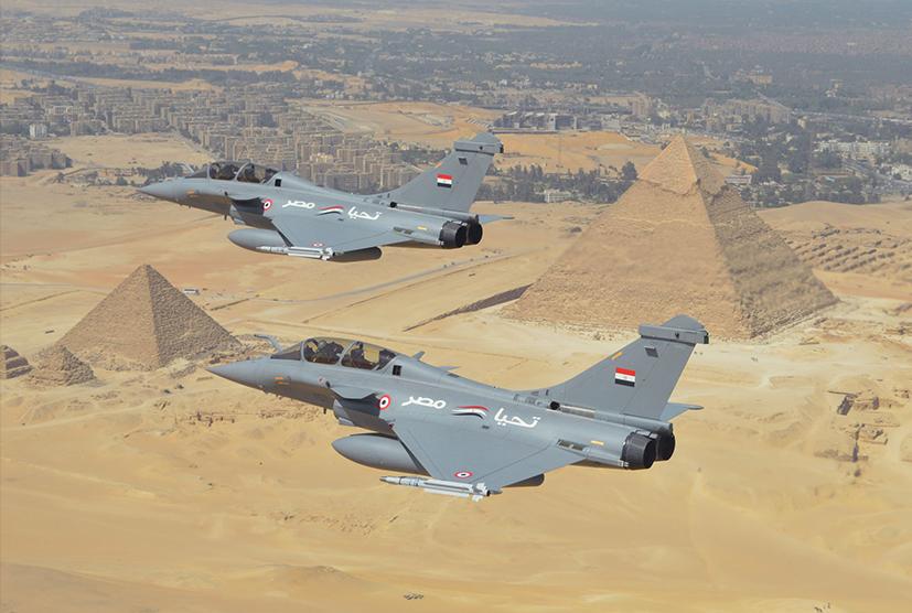 Пара истребителей Dаssault Rafale DM ВВС Египта.