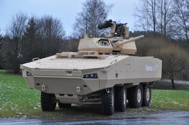 Бронетранспортер Patria AMV 28A.