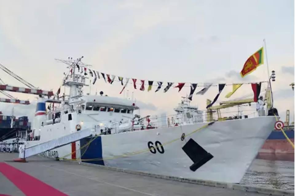 Ввод в состав береговой охраны Шри-Ланки патрульного корабля CG 60 Suraksha - бывшего корабля береговой охраны Индии CGS 36 Varuna. Коломбо, 21.10.2017.