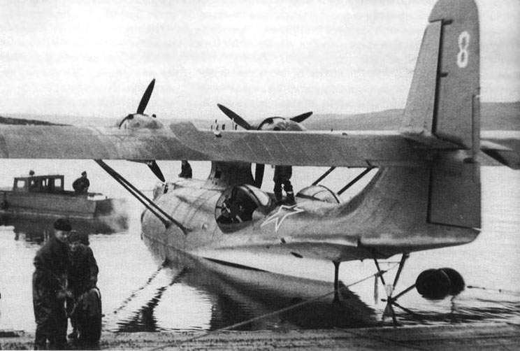 PBN-1 Catalina ВВС Северного флота перед вылетом на противолодочное патрулирование