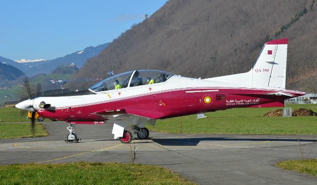 Турбовинтовой учебно-тренировочный самолет (УТС) Pilatus PC-21 (QA 350) для ВВС Катара.