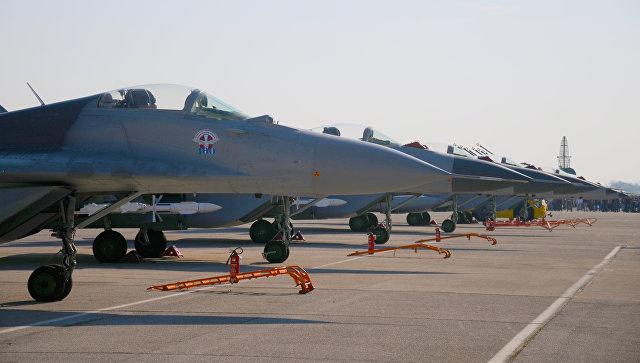 Переданные Россией Сербии истребители МиГ-29, аэродром Батайница в Сербии. Архивное фото.