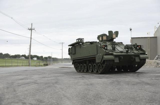 Первая серийная бронированная машина AMPV для армии США