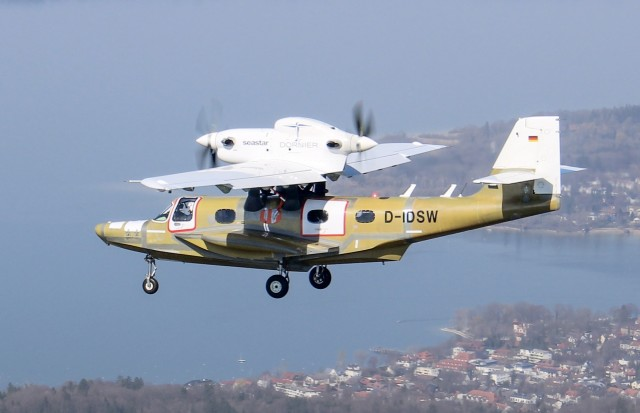 Первый полет возрожденного самолета-амфибии Dornier Seastar