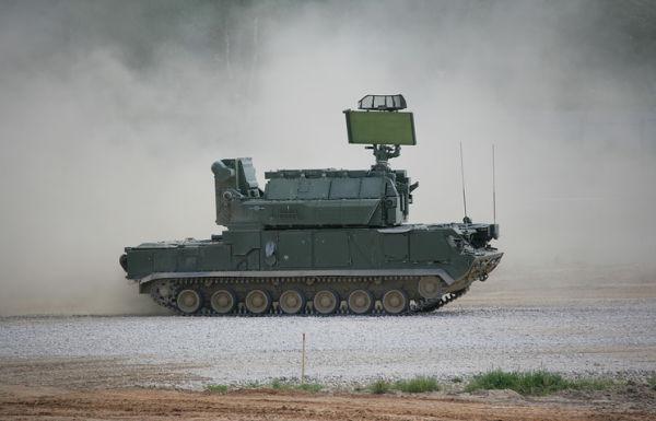 """Зенитная ракетная система """"Тор-М1"""""""