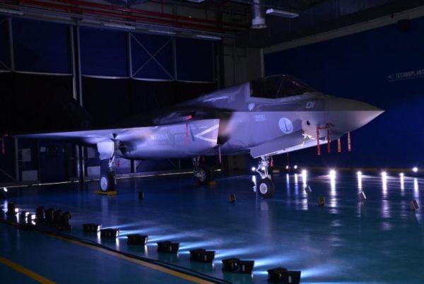 Первый итальянский истребитель F-35B.