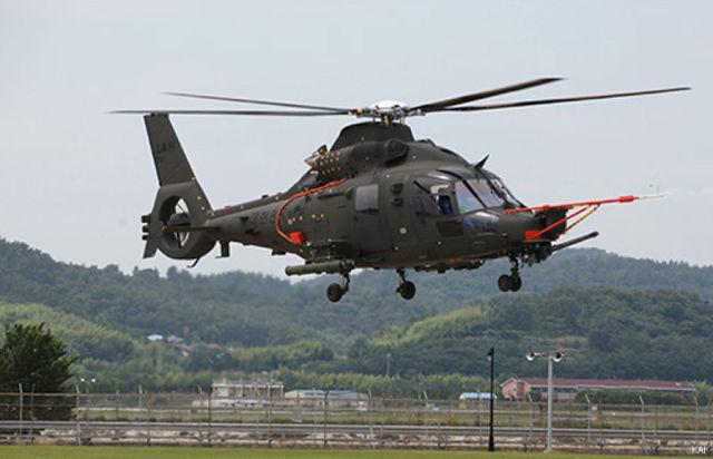 Первый опытный образец южнокорейского перспективного военного вертолета KAI LAH (Light Armed Helicopter) в первом полете на аэродроме предприятия южнокорейской авиастроительной корпорации Korea Aerospace Industries (KAI) в Сачхоне, 04.07.2019 (c) KAI