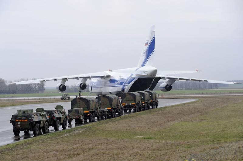 """Ан-124 """"Руслан""""."""