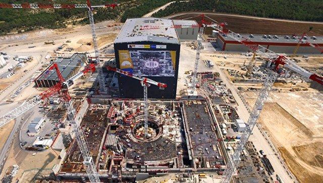 Площадка строительства термоядерного реактора ИТЭР во Франции.