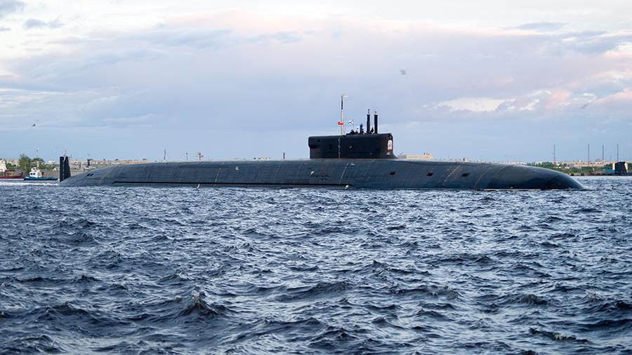 Подлодка «Князь Владимир» начала подводные испытания в Белом море