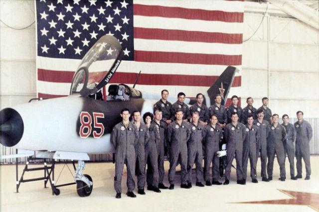 """Подразделение """"Красные орлы"""" ВВС США"""